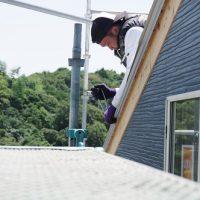 屋根鈑金工事☆1.5階建ての自然派住宅
